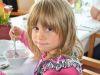 Magdalena bei der Geburtstagsfeier