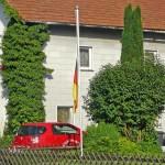 Trauer nach EM aus - Deutschlandfahne weht auf Halbmast