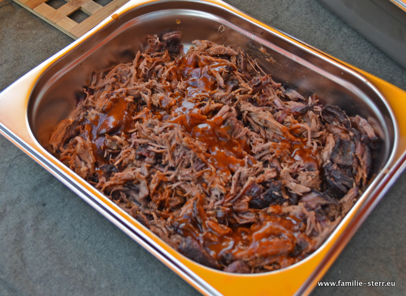 Pulled Pork Gasgrill Gasverbrauch : Pulled beef das resultat familie sterr