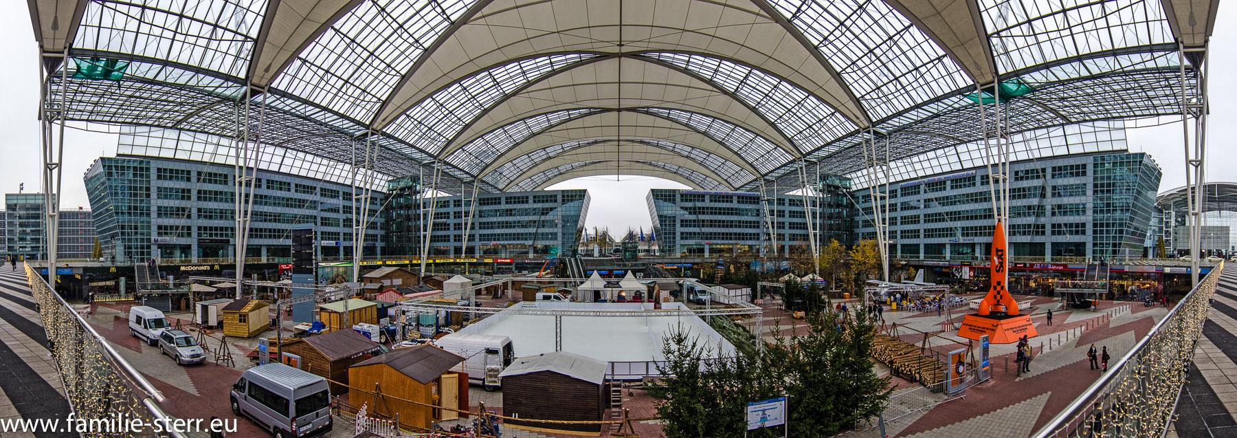 munich airport center vorbereitungen weihnachtsmarkt familie sterr. Black Bedroom Furniture Sets. Home Design Ideas