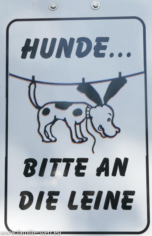 Schild Hunde an die Leine