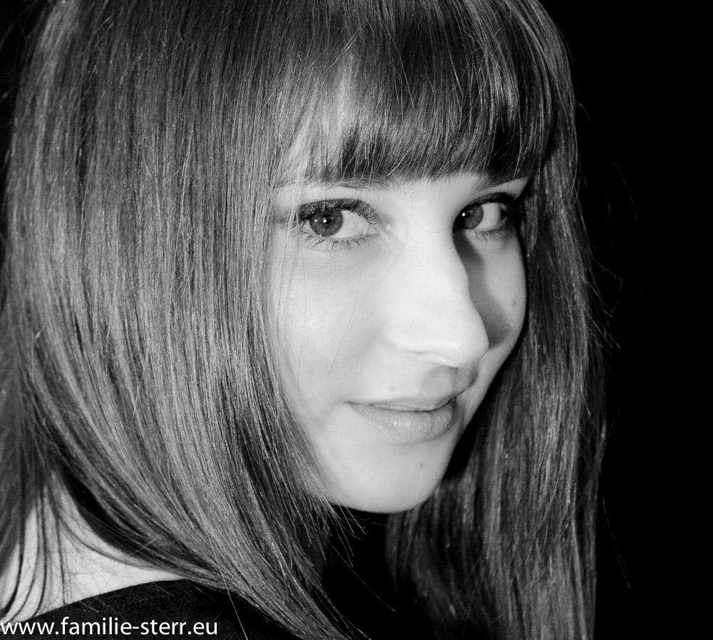 Kathi als Schwarz-Weiss - Portrait