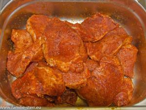 gewürzte Steaks vom Schweinelachs