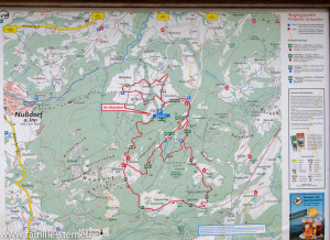 Karte am Wanderparkplatz Heuberg