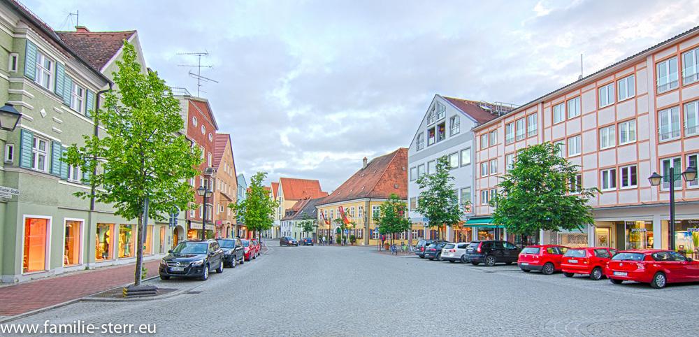 Blick in die Friedrich-Fischer-Straße vom Schrannenplatz aus