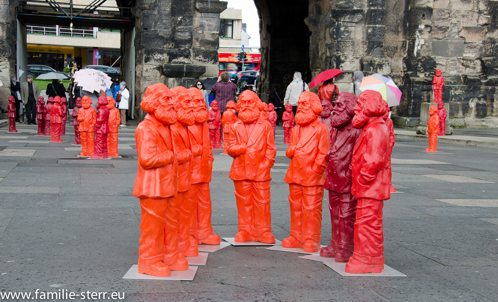 Karl Marx - Figuren an der Porta Nigra