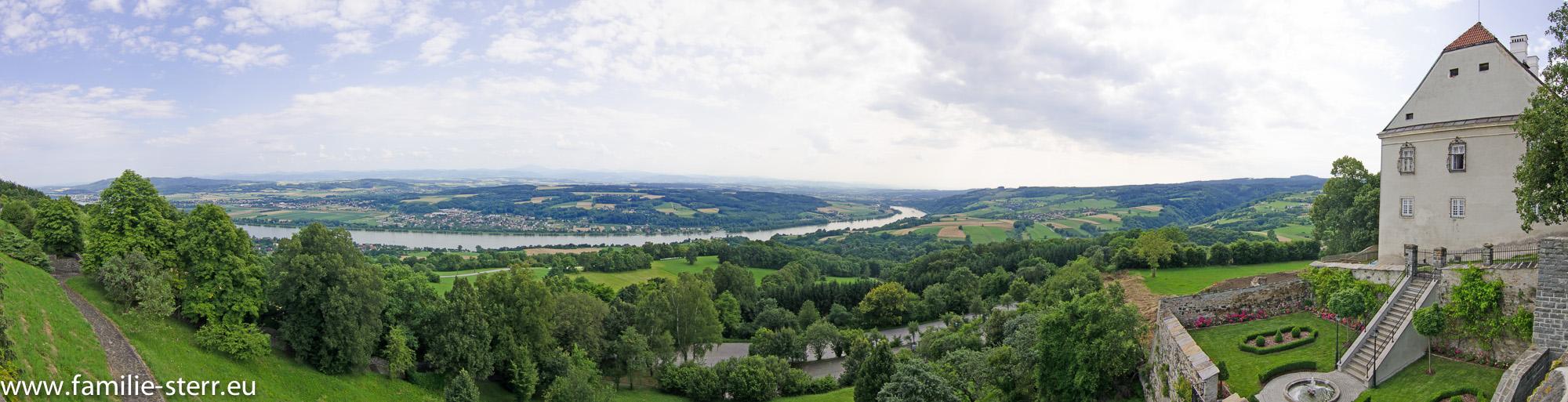 Donautal bei der Wallfahrtskirche Maria Taferl an der Donau
