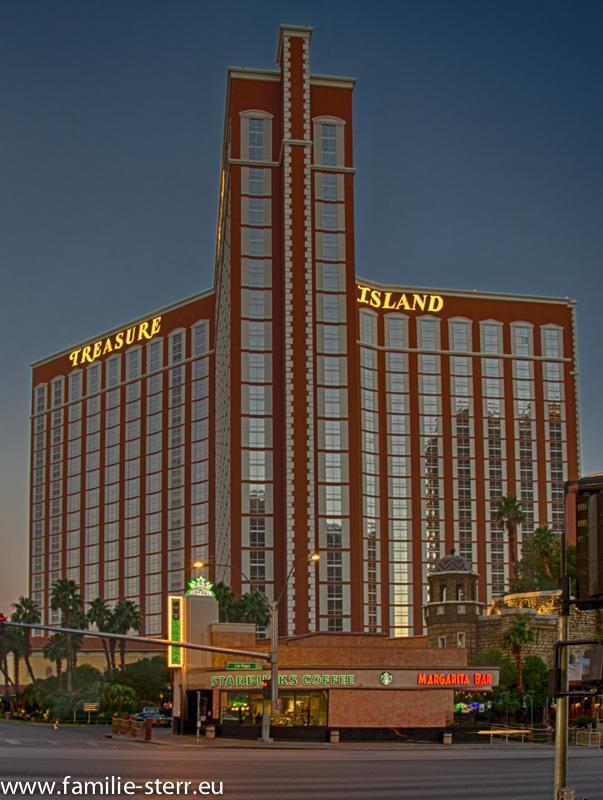 Treasure Island Hotel Las Vegas bei Sonnenaufgang