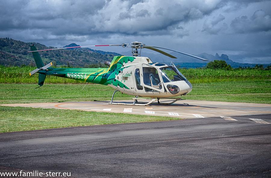 Safari Helicopter am Flughafen Lihue