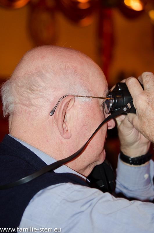 Hans-Freimut hoch konzentriert