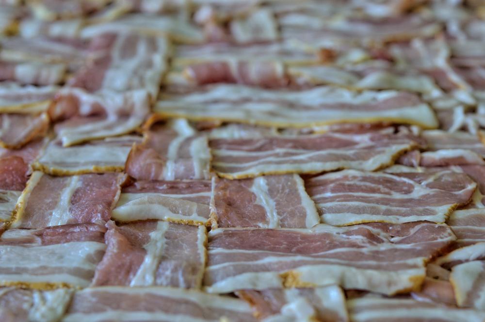 Bacon geflochten für die Bacon Bomb