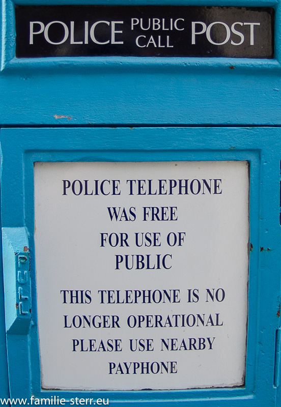 Police Phone in London - Liverpool - Street / Detail