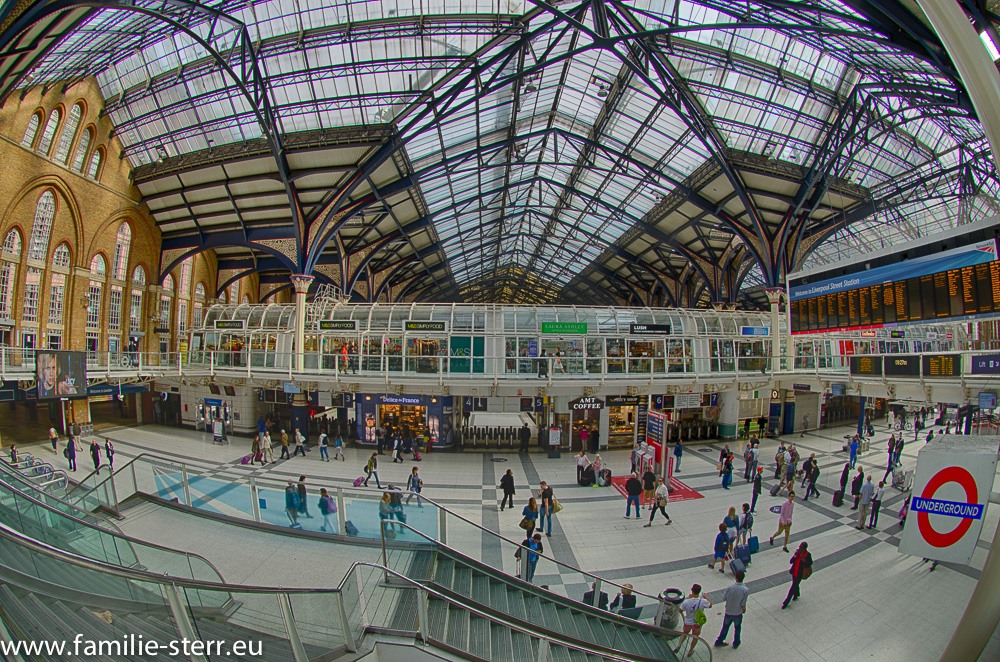 Liverpool Street Station / London