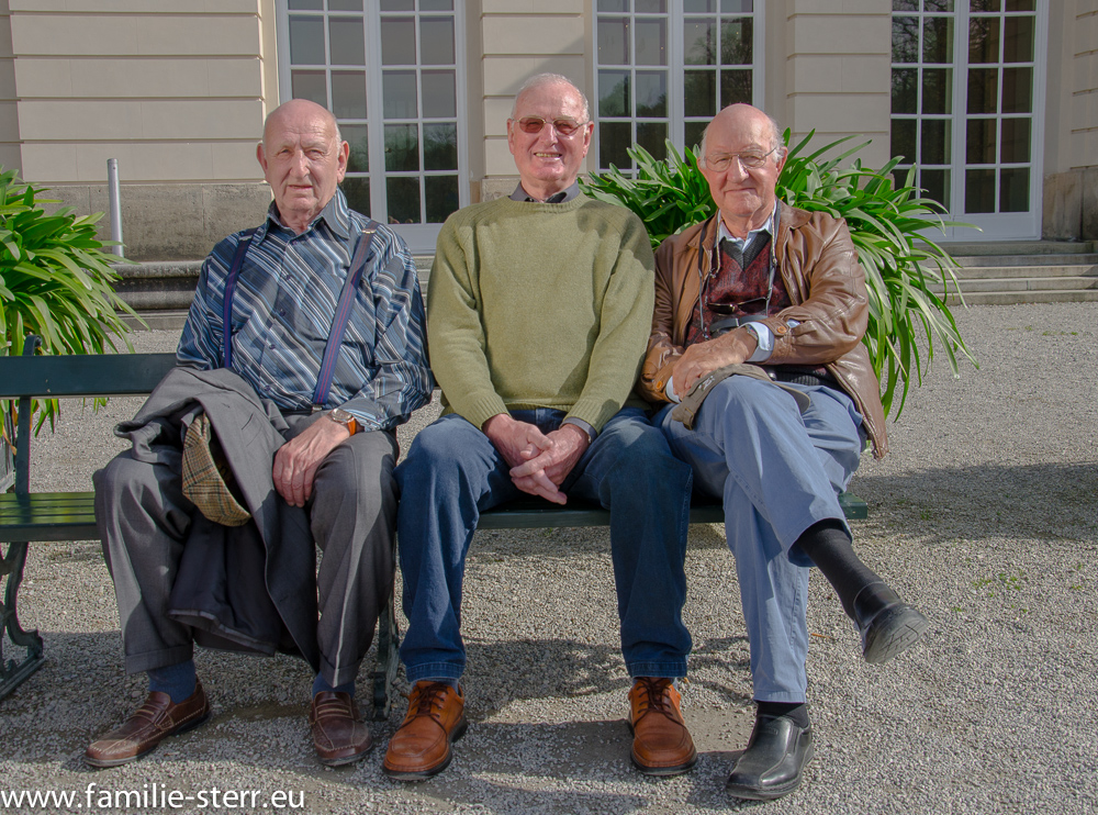 Fritz, Wolfgang und Hans - Freimut vor dem Schloss Herrenchiemsee