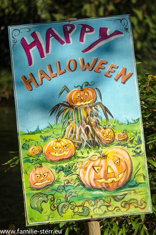 Schild zu Halloween im Europapark
