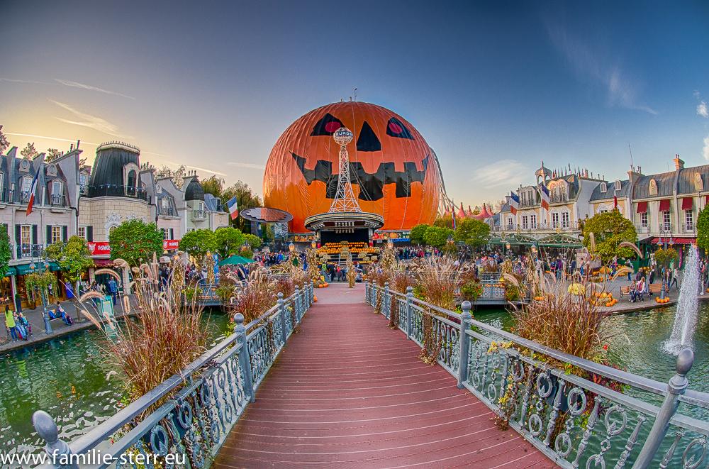Europapark - Eurostar in Halloween - Verkleidung