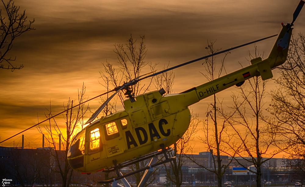 Lichterrundfahrt Flughafen München / Sonnenuntergang ADAC Hubschrauber