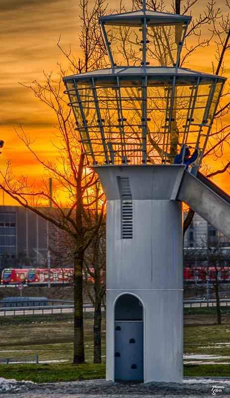 Lichterrundfahrt Flughafen München / Sonnenuntergang Besucherpark