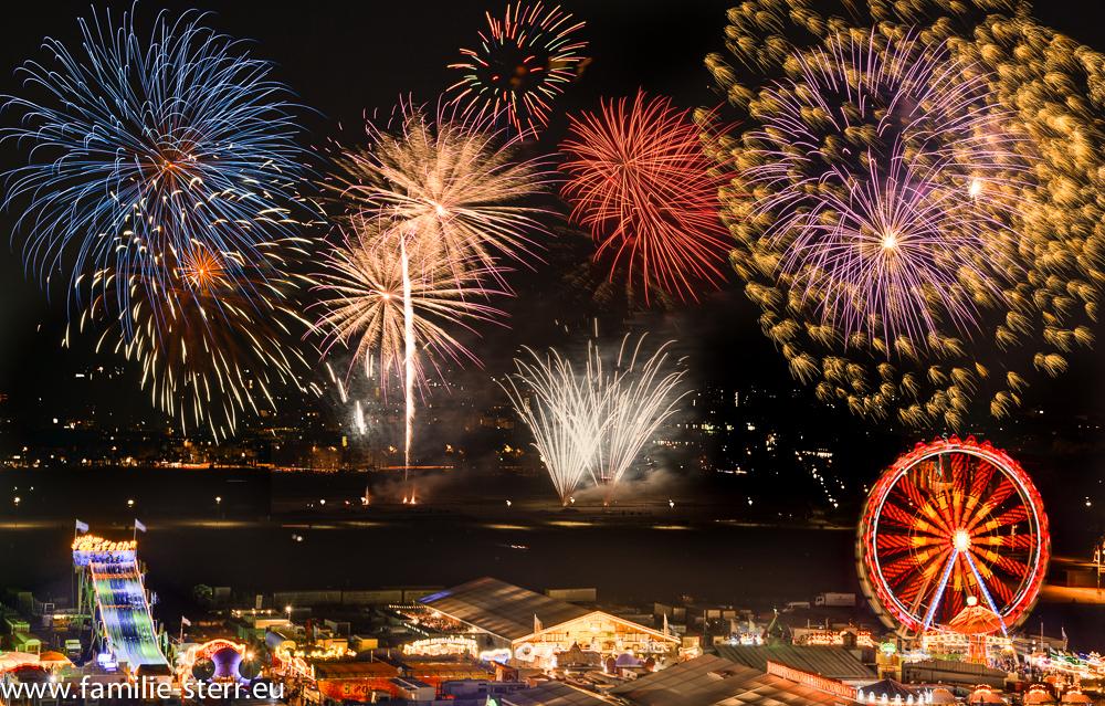 Brillantfeuerwerk beim Frühlingsfest München 2015