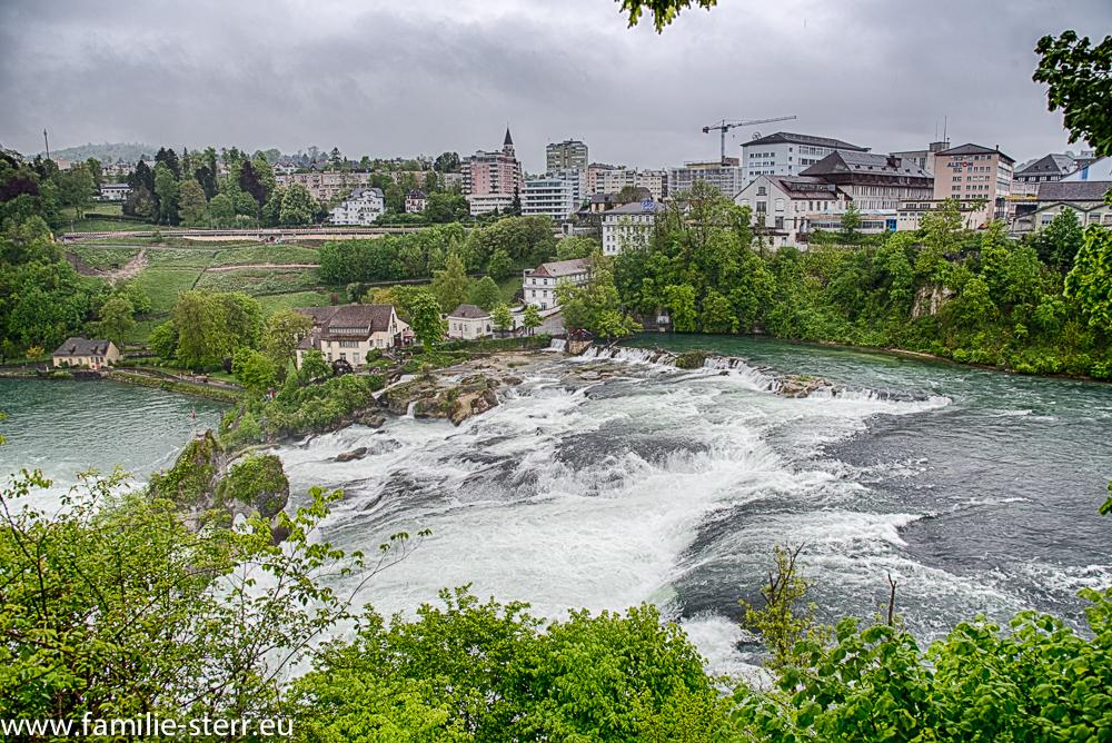 Rheinfall von Schloss Laufen aus aufgenommen
