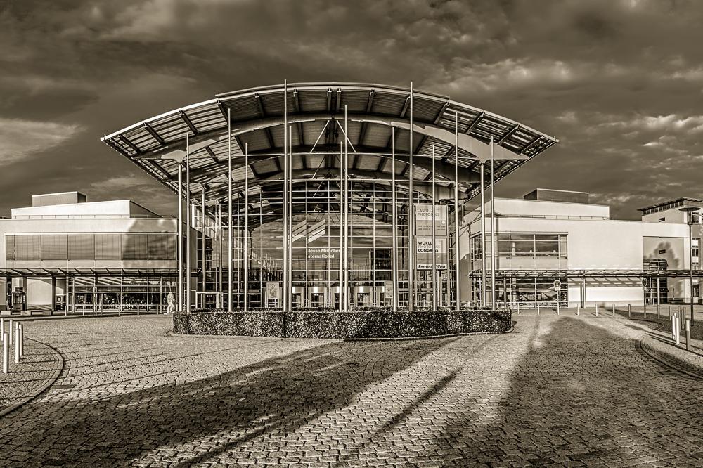 Eingang West an der Messe München