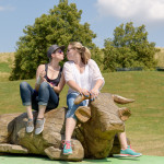 Katharina und Melanie auf dem Sommer - Tollwut in München