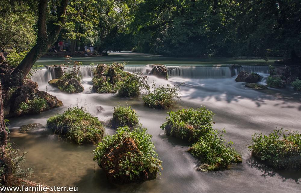 die Wasserstufe zwischen Eisbach und Schwabinger Bach