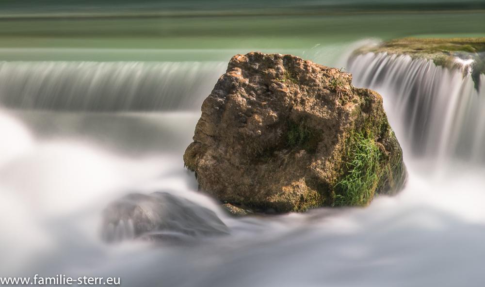 Fels im Eisbach