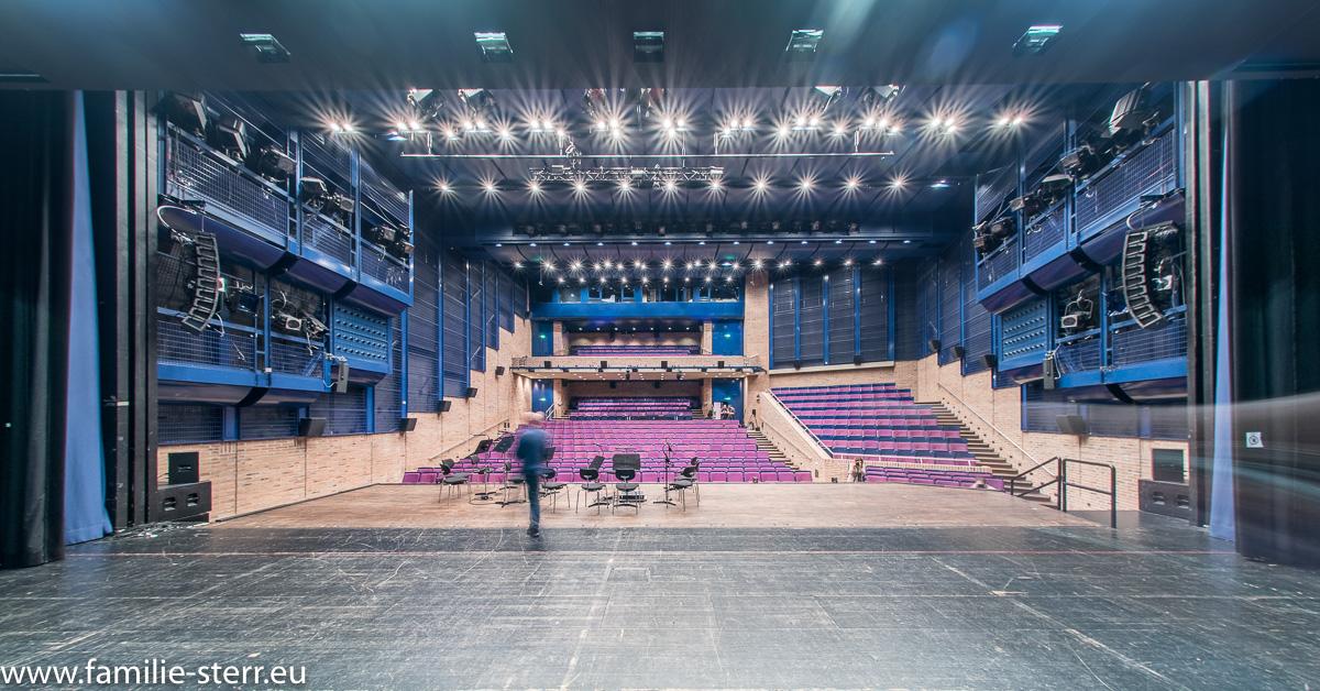 Carl-Orff-Saal im Gasteig - Blick von der Bühne in den Zuschauerraum