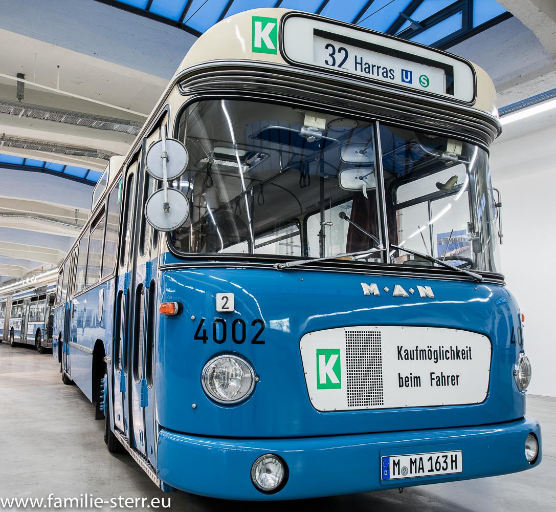 Alter MVG Linienbus im MVG Museum