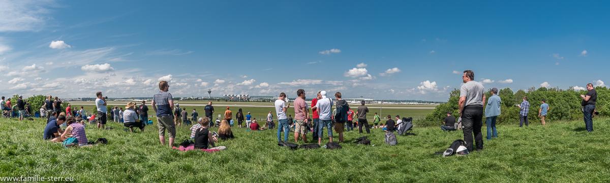 Besucherhügel Süd am Flughafen München