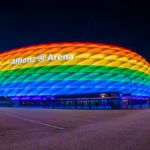 Allianz Arena am Christopher Street Day in Regenbogenfarben