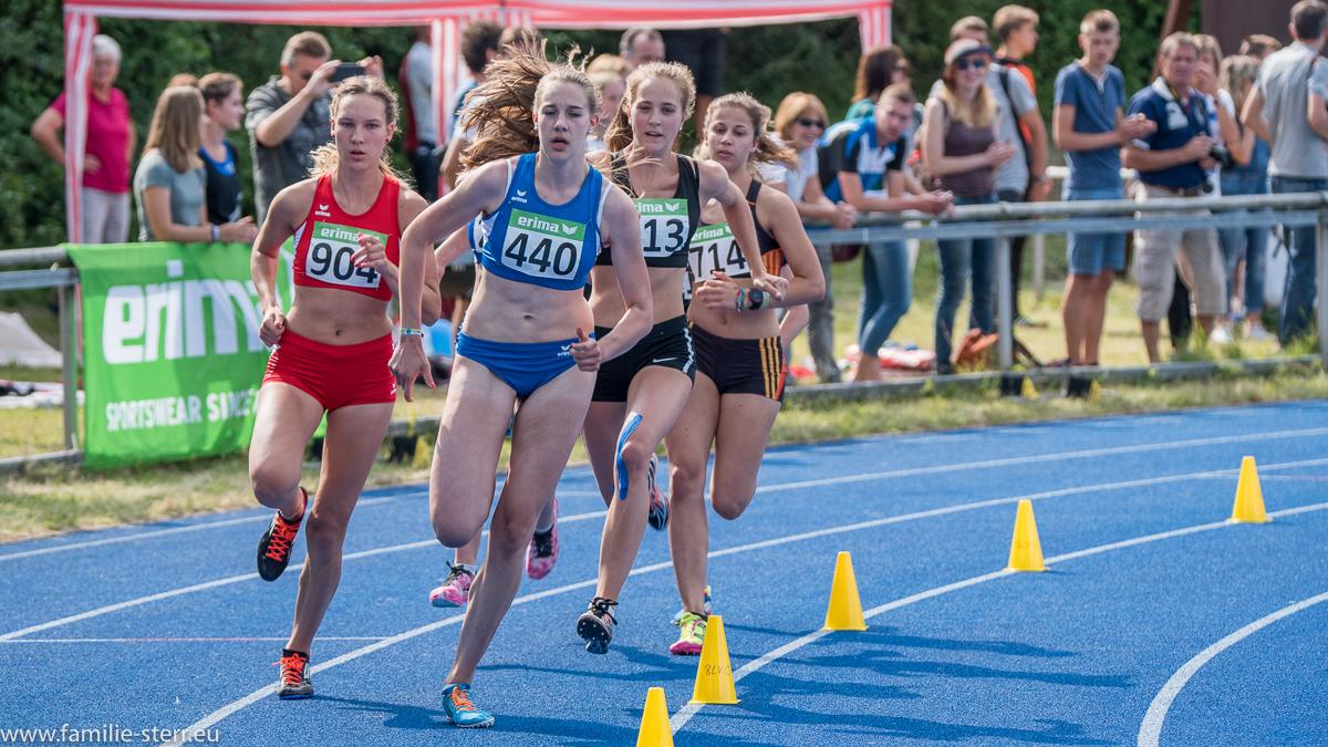 Läuferinnen bei den Leichtathletik Bayerische Meisterschaften 2016 in Erding