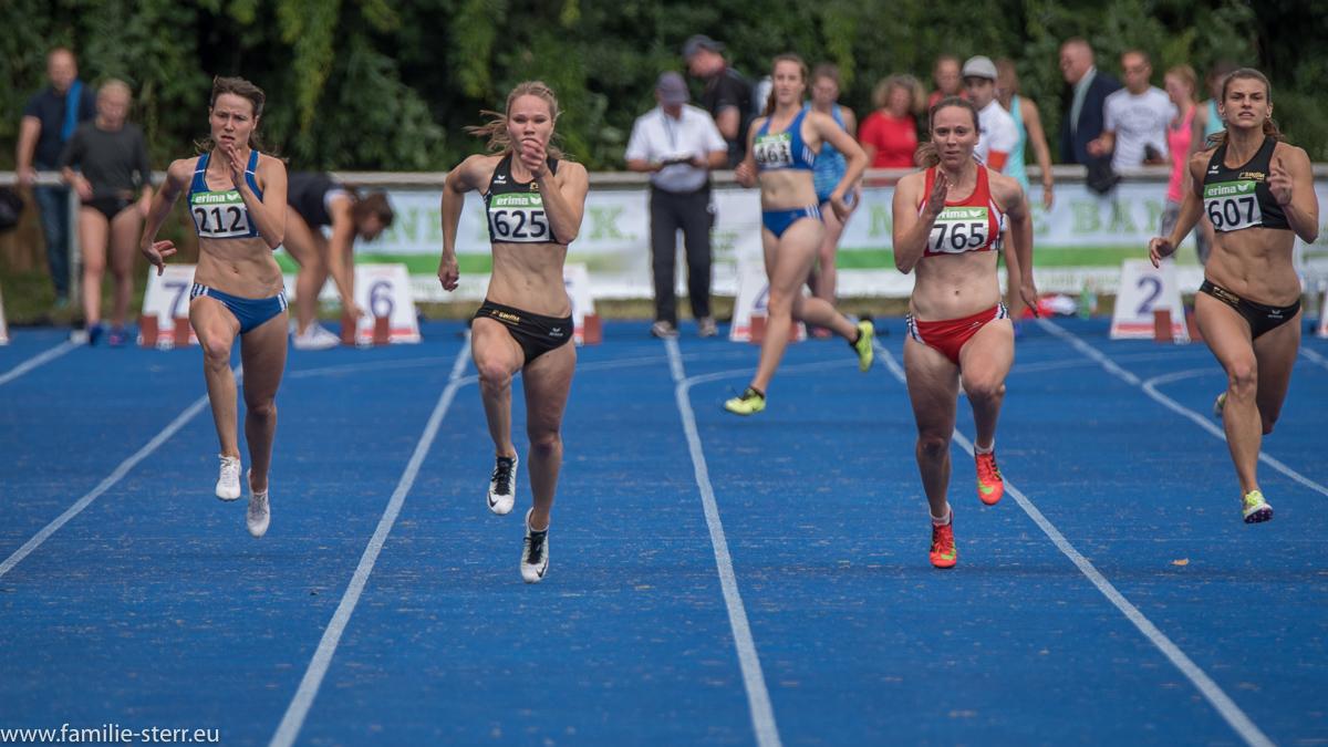Sprinterinnen bei den Leichtathletik Bayerische Meisterschaften 2016 in Erding