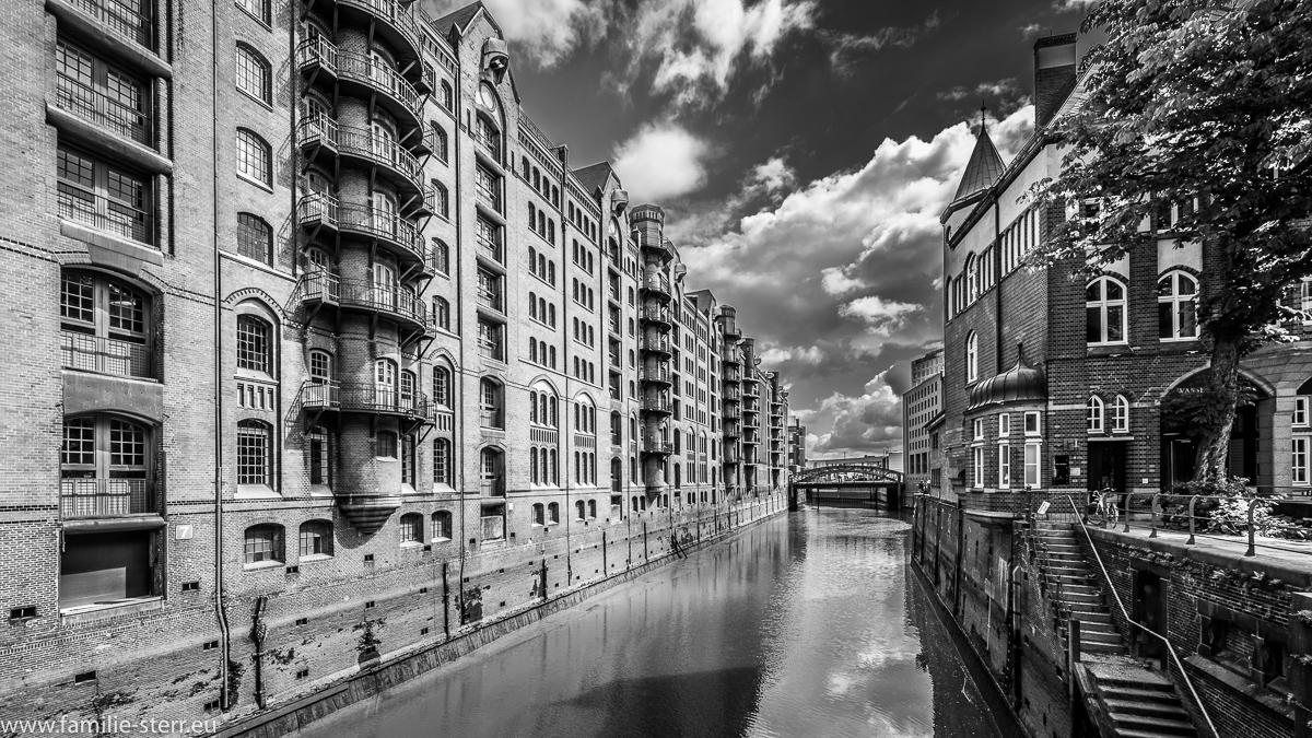 Speicherstadt Hamburg in schwarz - weiß