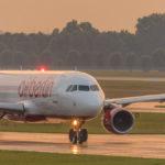 AirBerlin Airbus A320-200 D-ABZJ auf dem Weg zum Start an der Nordbahn in München