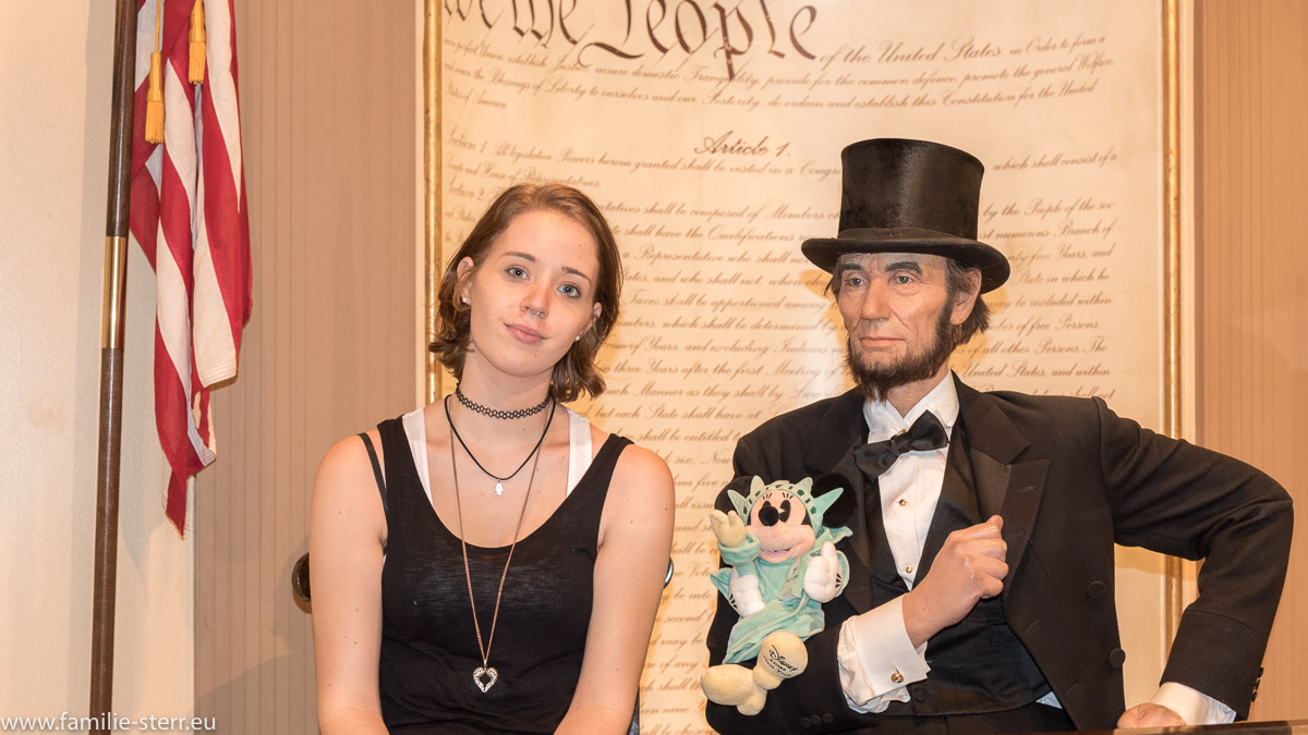 Melanie und Abraham Lincoln bei Madame Tussaud in New York