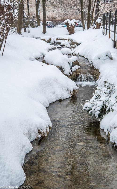 Winterlicher Lauf der Wöhr in Burghausen