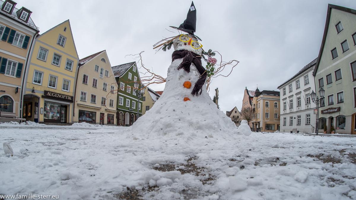 Harry-Potter-Schneemann beim Schneemann - Wettbewerb in Schongau