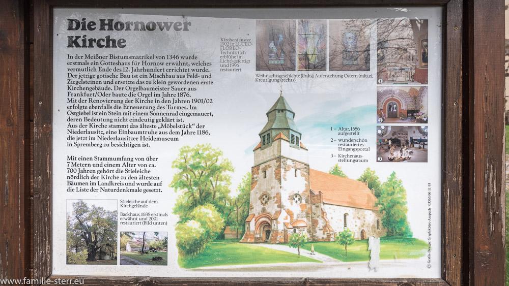 Infotafel mit ersten Informationen zur Kirche St. Martin in Hornow