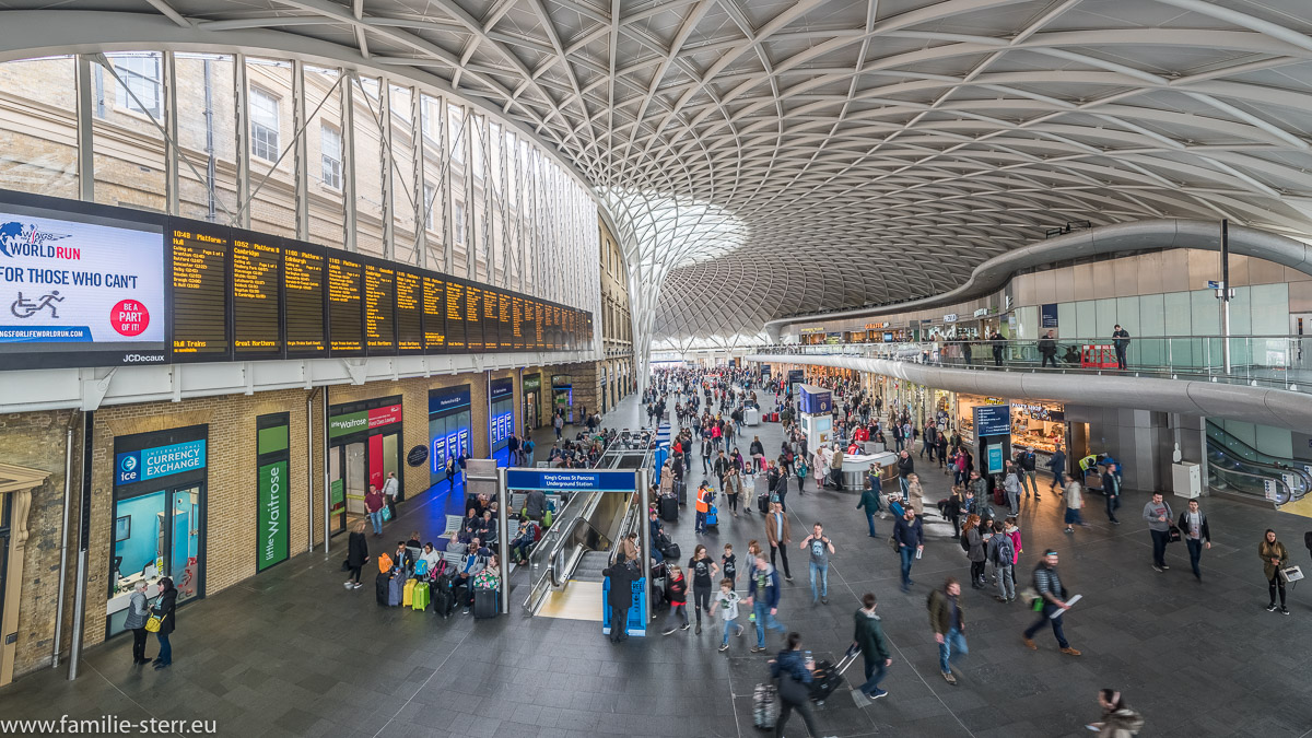 Das neue Eingangsgebäude der King's Cross Station in London