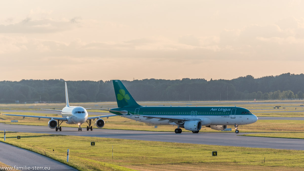 Aer Lingus Airbus A320-214 EI-DEB