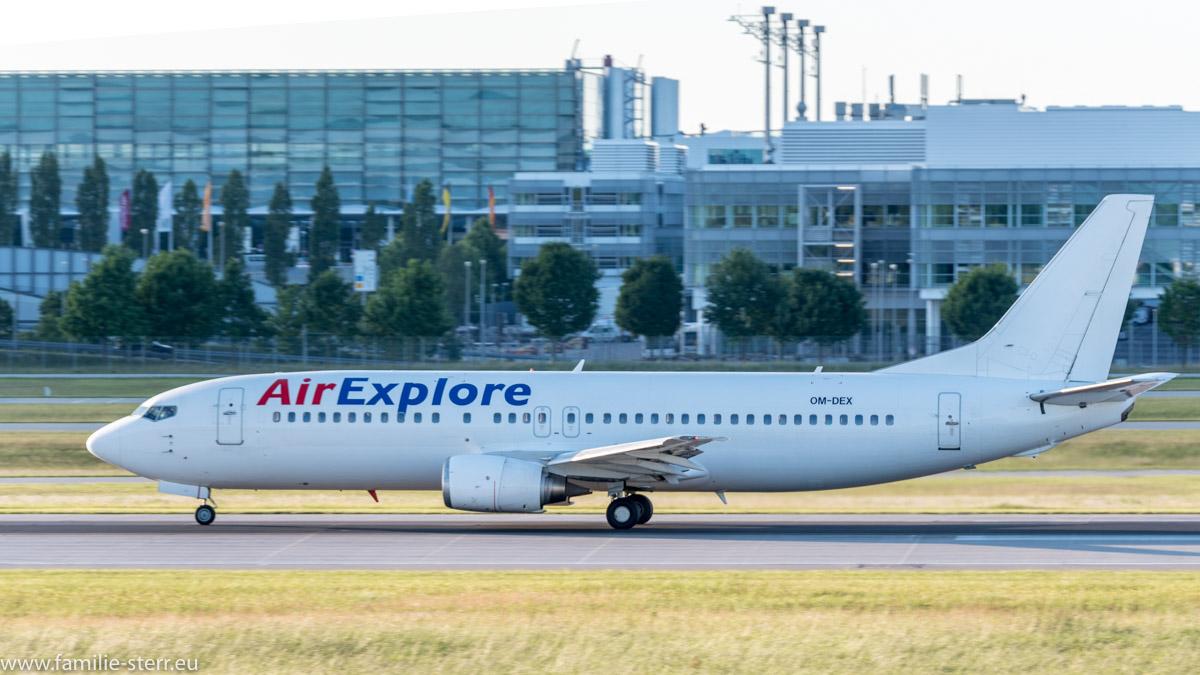Air Explore Boeing 737-46J OM-DEX
