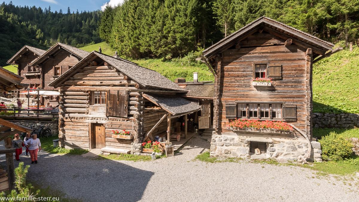 Holzhütten in St. Martin am Gigerwaldsee