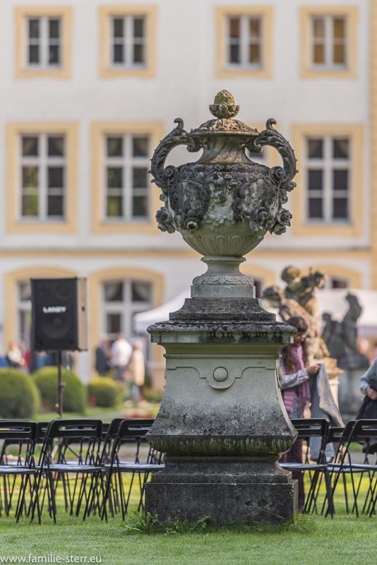 Steinerne Skulptur im Schlosspark Fürstenried