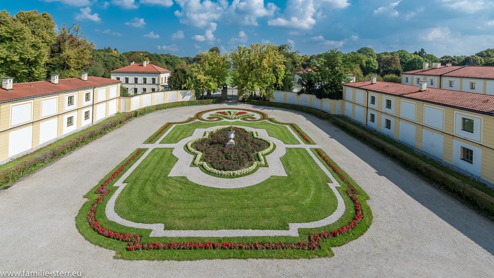 Der Ehrenhof am Schloss Fürstenried