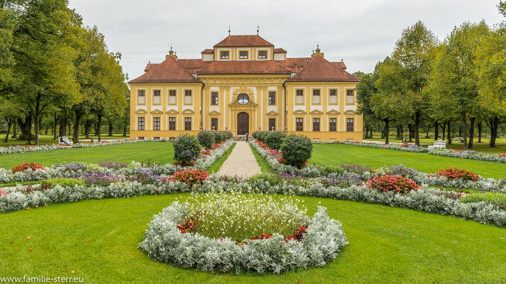 Schloß Lustheim am östlichen Ende des Schlossparks in Schleißheim