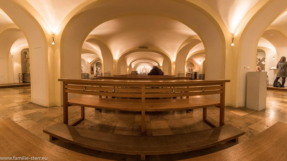 Die untere Kirche im Bürgersaal mit dem Grab von Pater Rupert Mayer