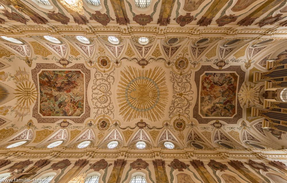 Das Deckenfresko der Oberen Kirche im Bürgersaal in der Neuhauser Straße in München