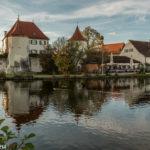 Blutenburg München spiegelt sich im See